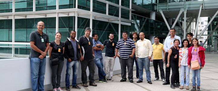 Os Alunos do Curso Técnico em Redes de Computadores do turno Matutino visitam a PETROBRAS.