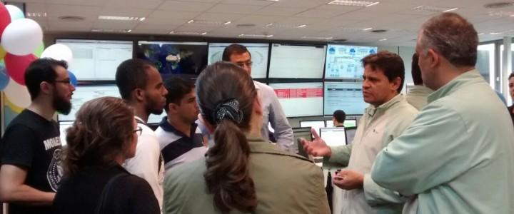 Os Alunos do Curso Técnico em Redes de Computadores do turno Matutino visitam a VALE.